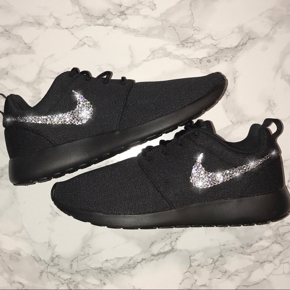 the latest 69da4 bab22 Swarovski Bling Crystal Nike Roshe. NWT
